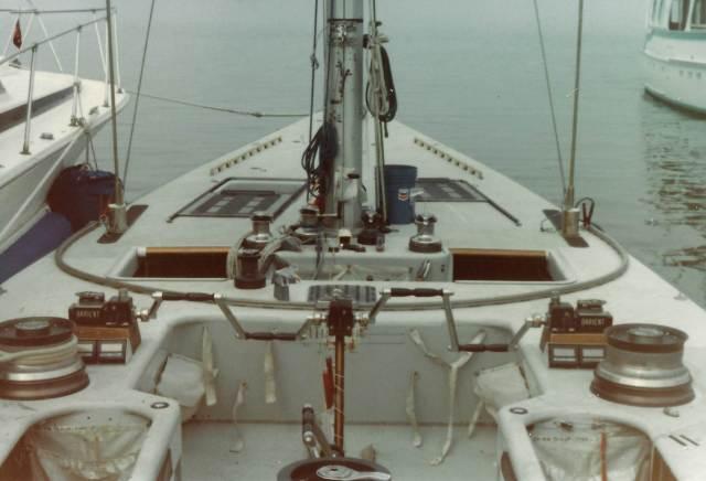 US33 1983 cockpit